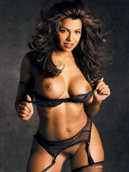 vida-guerra-classic-topless-in-playboy-magazine-kanoni-07