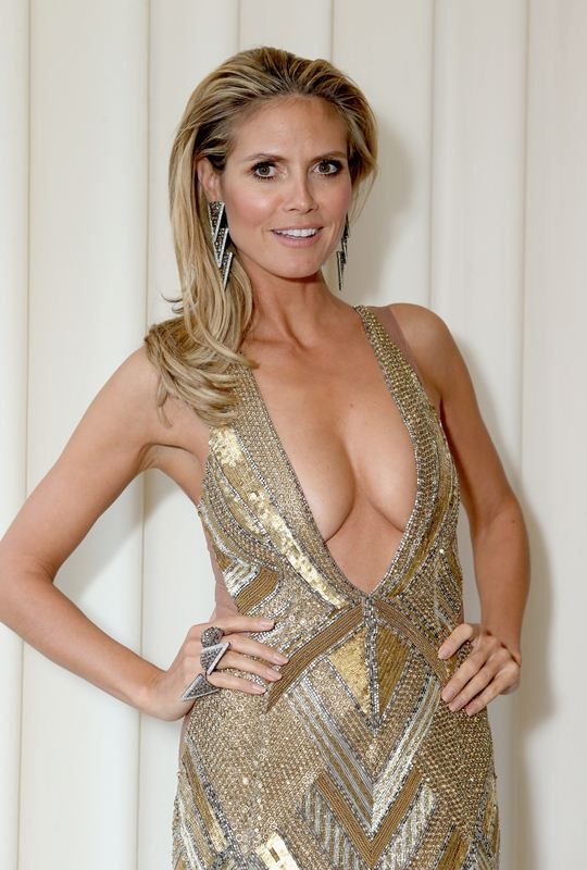 Heidi-Klum-Cleavage-kanoni-tv-1