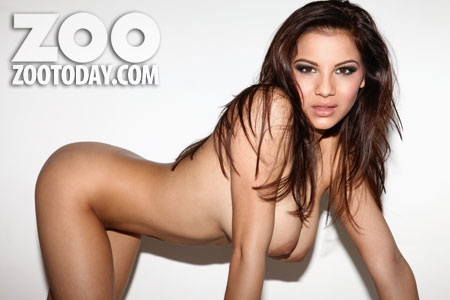 Lacey-Banghard-Zoo-Feb-2013-kanoni-tv-05