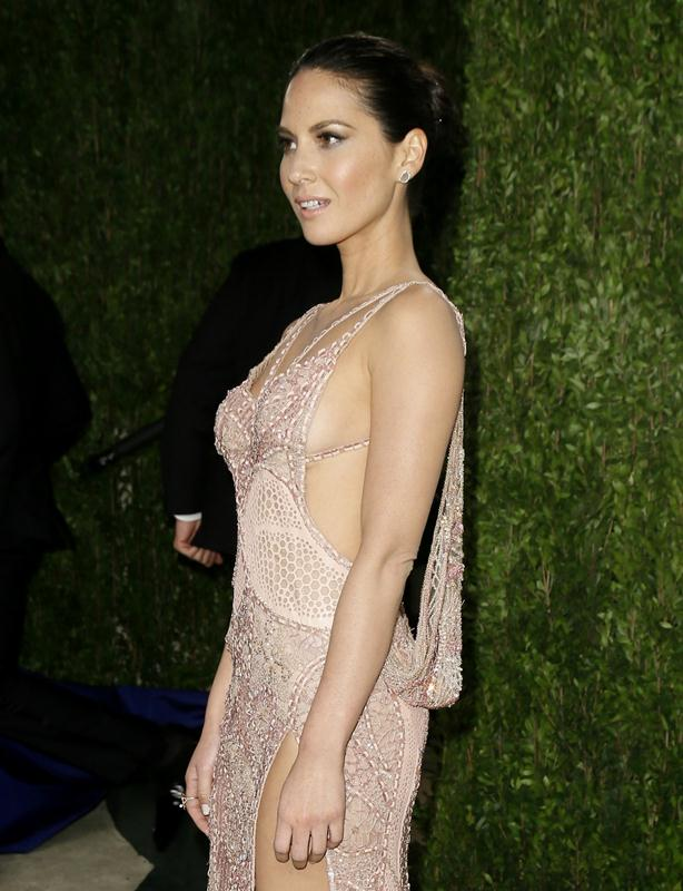 Actress Olivia Munn attends the 2013 Vanity Fair Oscars Party in West Hollywood