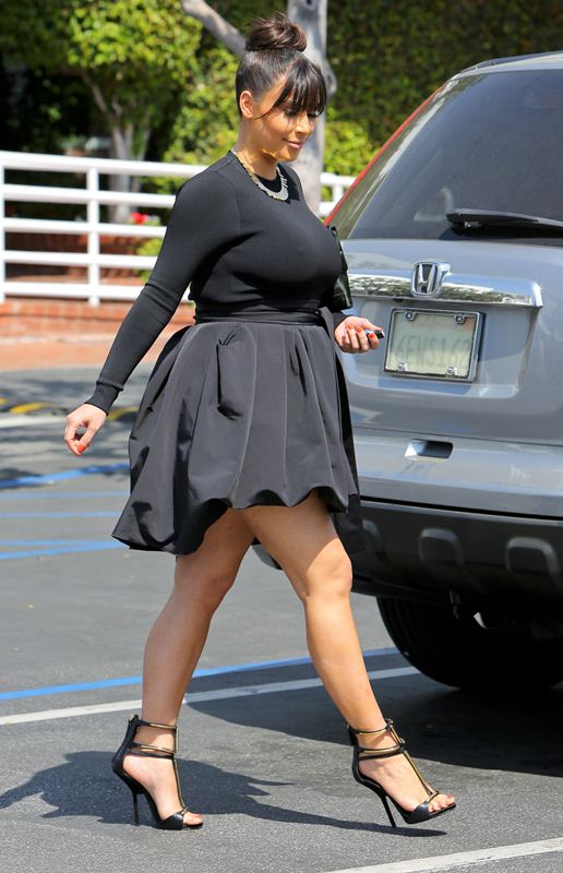 Kim-Kardashian-shopping-west-hollywood-kanoni-tv-4
