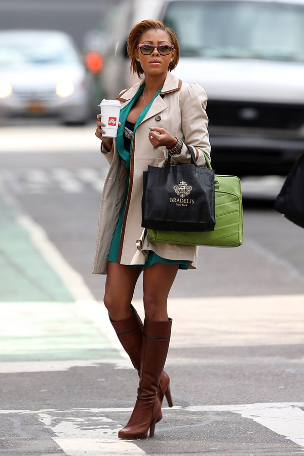 precious-muir-shopping-soho-manhattan-kanoni-tv-7