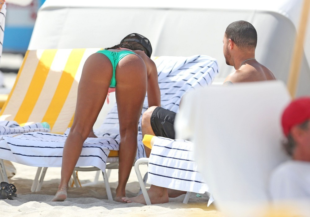 Vida-Guerra-hot-bikini-miami-kanoni-tv-10