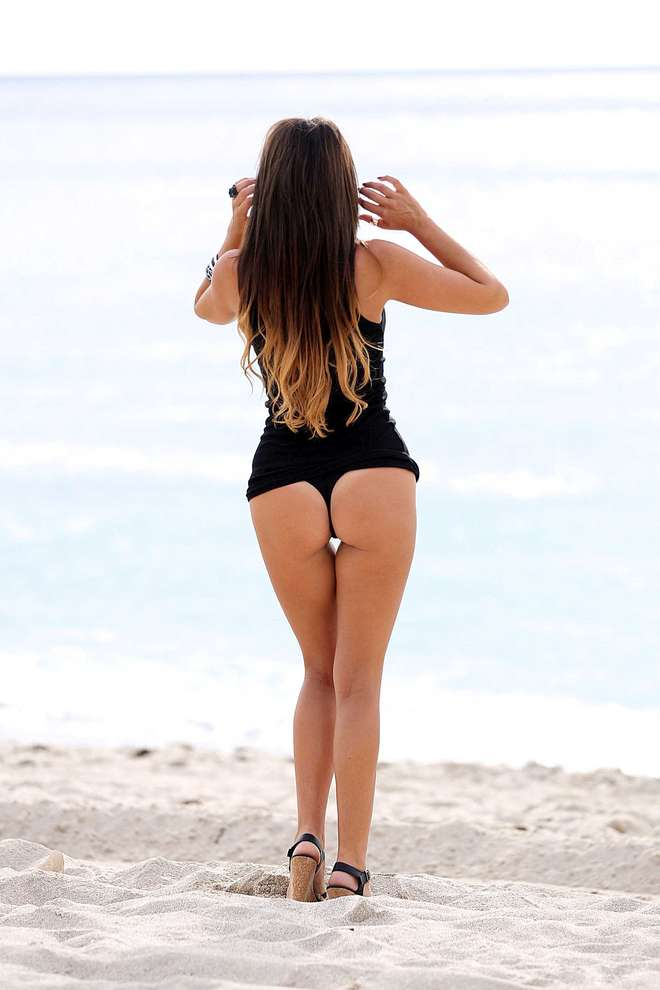 claudia-romani-italians-do-it-better-kanoni-tv-01