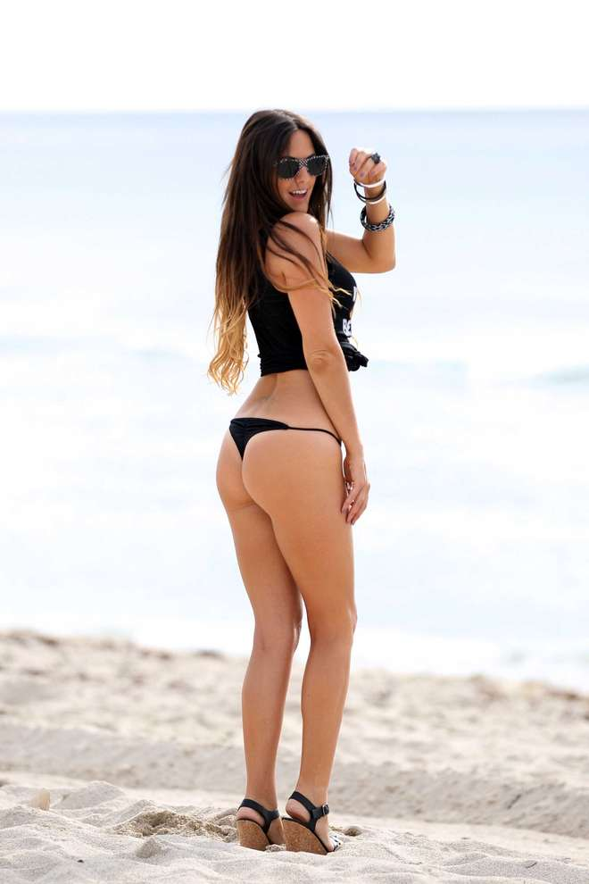 claudia-romani-italians-do-it-better-kanoni-tv-010