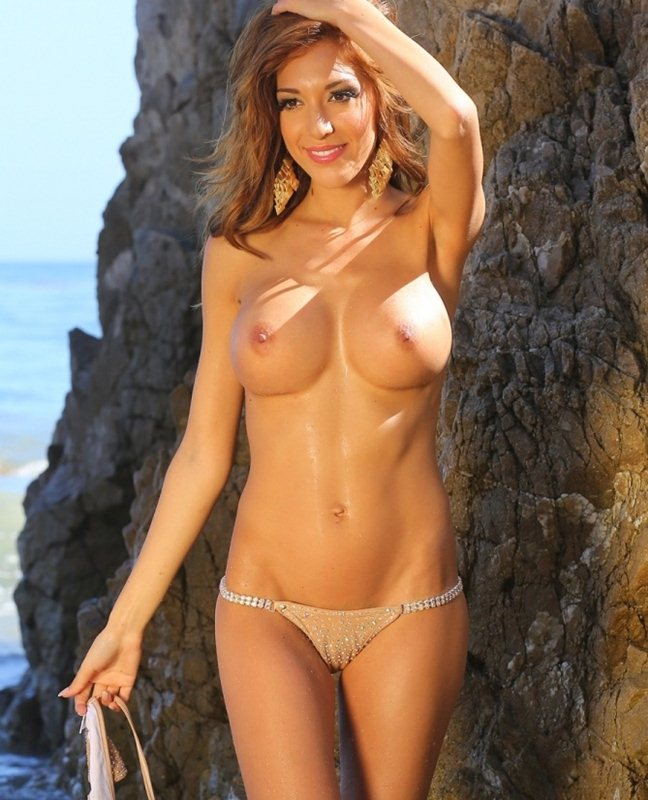farrah-abraham-topless-in-a-bikini-shoot-kanoni-6