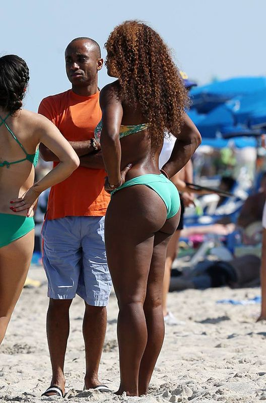 serena-williams-bikini-candids-miami-kanoni-tv-06
