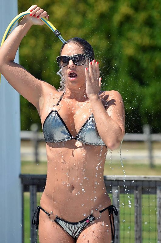 Jennifer Nicole Lee cools off in Hamptons heat in the way only she can
