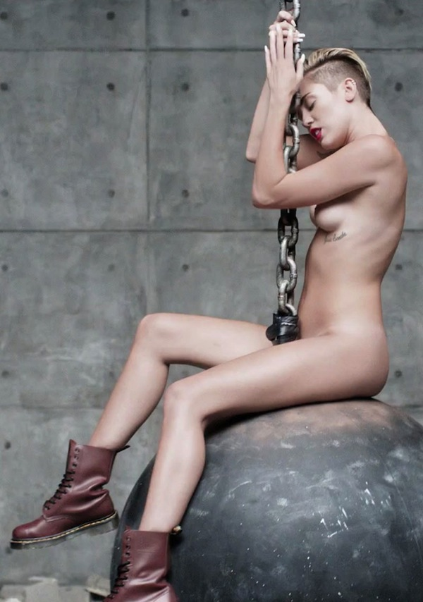 Miley-Cyrus-Nude-Wrecking-ball-kanoni