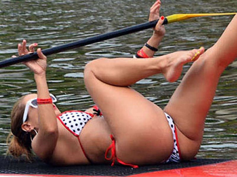 Jennifer-Nicole-Lee-Paddleboarding-in-Bikini-Kanoni-3