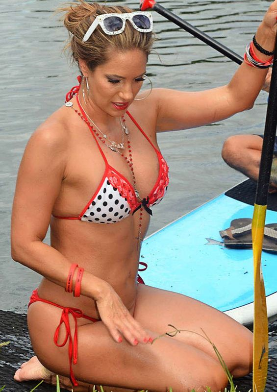 Jennifer-Nicole-Lee-Paddleboarding-in-Bikini-Kanoni-6