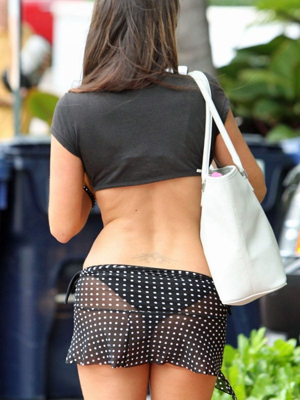 claudia-romani-butt-thong-see-through-skirt-miami-kanoni-8