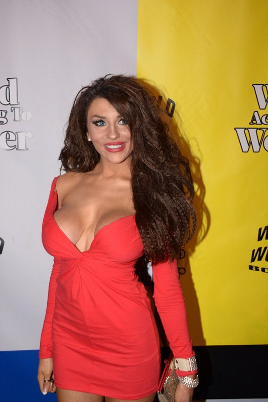 courtney-stodden-at-wolrd-of-wonder-s-1st-wowiw-awards-in-los-angeles-kanoni-6