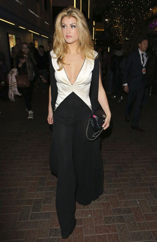 Amy-Willerton-see-through-thong-brit-awards-kanoni-1