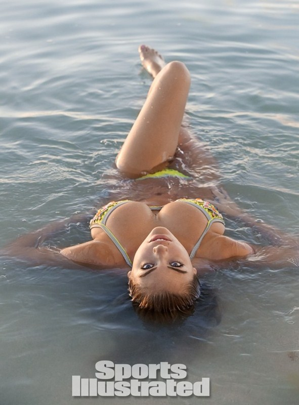 Kate-Upton-SI-2014-Sports-Illustrated-Swimsuit-issue-Kanoni-1