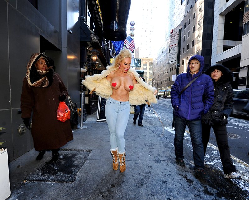 Coco Austin flashes in NYC