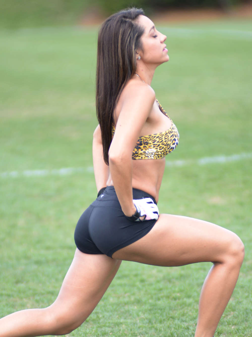Andrea-Calle-Working-Out-Miami-Park-Kanoni-2