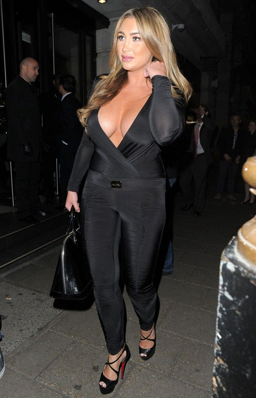 Lauren-Goodger-Cleavage-Mayfair-Night-London-Kanoni-2