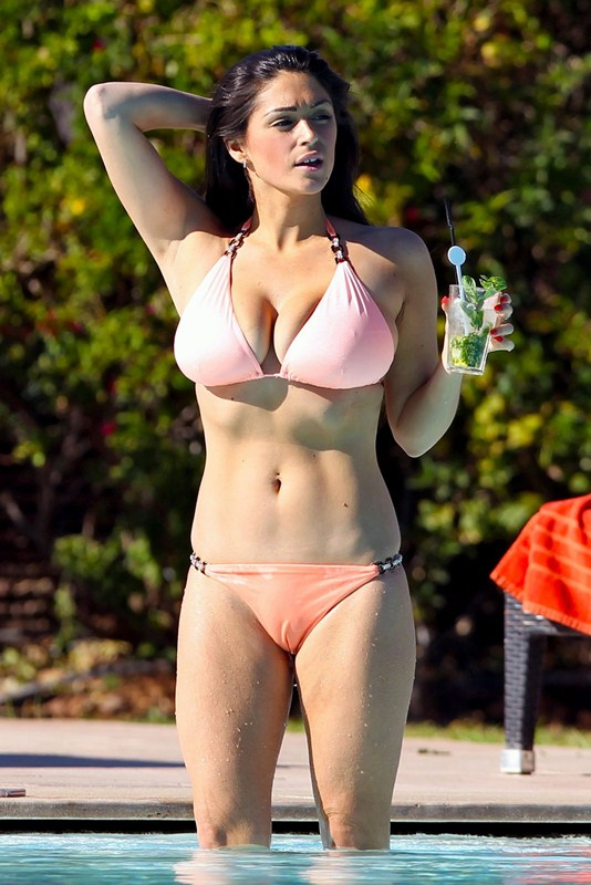 Exclusive... Casey Batchelor Shows Off Her Bikini Body