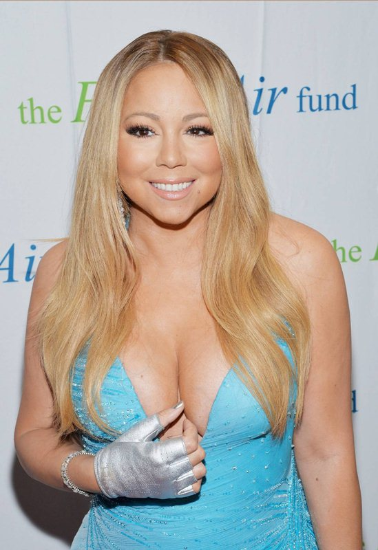 Mariah-Carey-2014-Honoring-Our-American-Hero-Kanoni-6