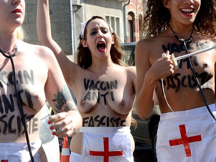 Topless-Members-Of-FEMEN-Protest-A-Front-National-Polling-Station-In-Henin-Beaumont-Kanoni-6