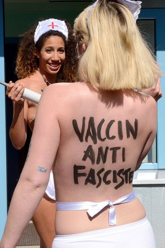 Topless-Members-Of-FEMEN-Protest-A-Front-National-Polling-Station-In-Henin-Beaumont-Kanoni-8