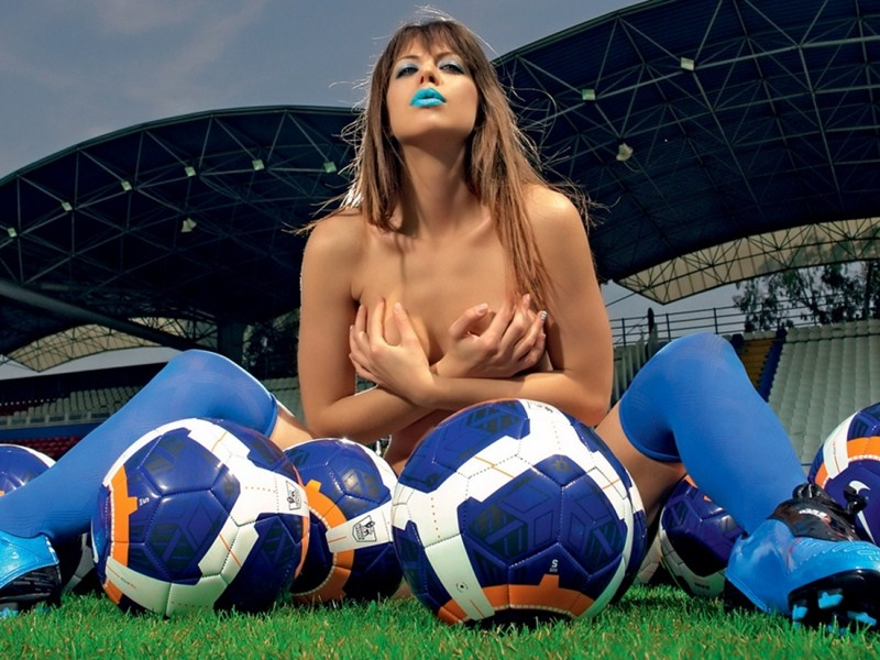 Elizabeth-Laini-Topless-Soccer-Photoshoot-for-Greece-World-Cup-2014-Kanoni-2