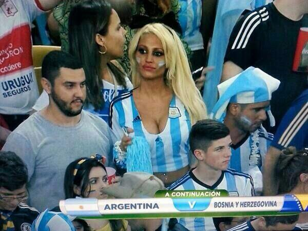Vicky-Xipolitakis-Hot-Greek-Argentinian-Model-World-Cup-2014-Kanoni-8