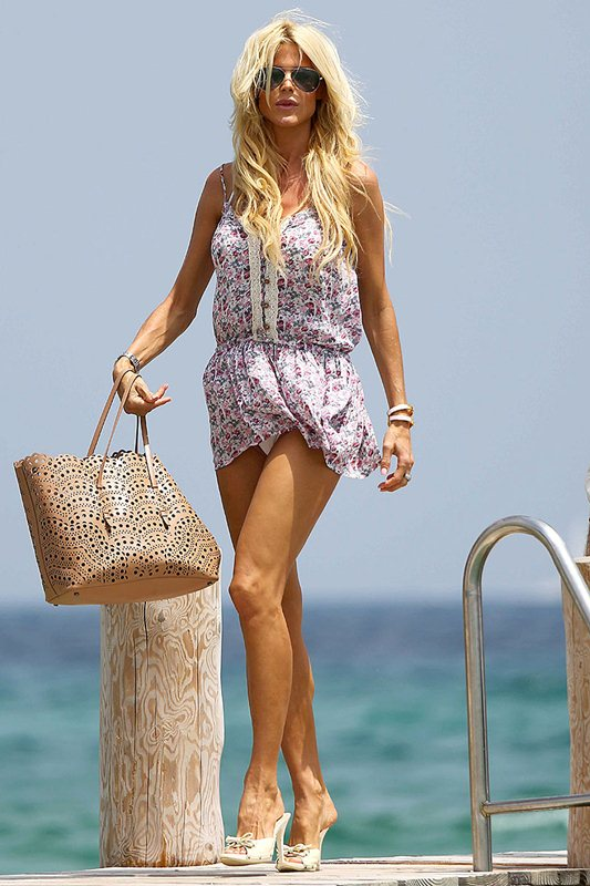 Victoria Silvstedt At Club 55