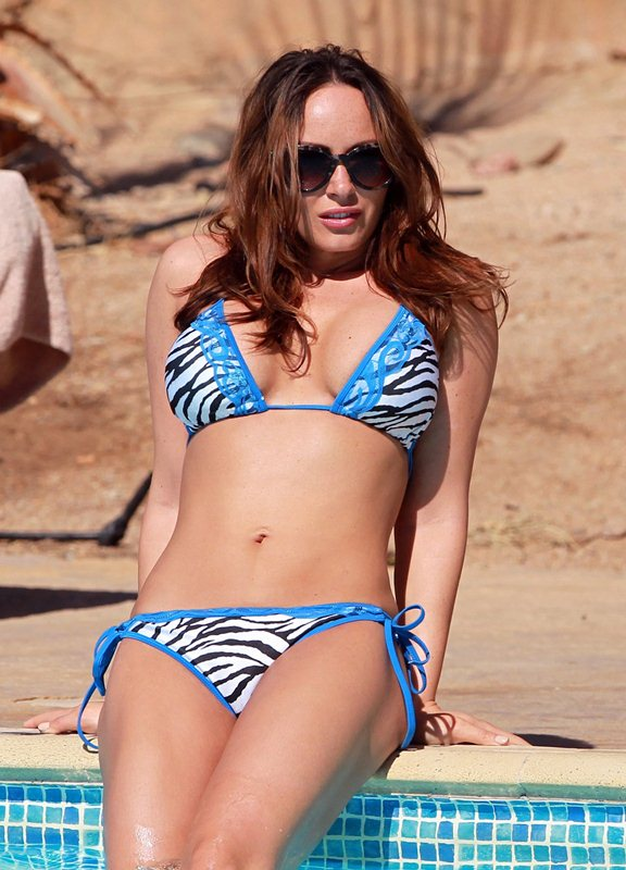 Exclusive... Chanelle Hayes Shows Off Her Bikini Body