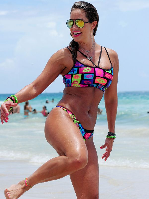 Jennifer-Nicole-Lee-Colorful-Bikini-Ball-Miami-Beach-Kanoni-3