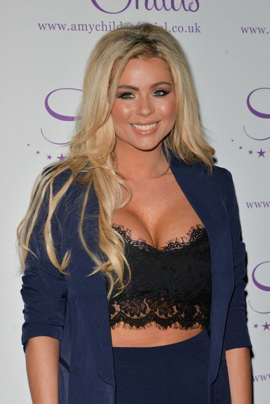 Nicola-McLean-Amy-Childs-Clothing-Party-Kanoni-4