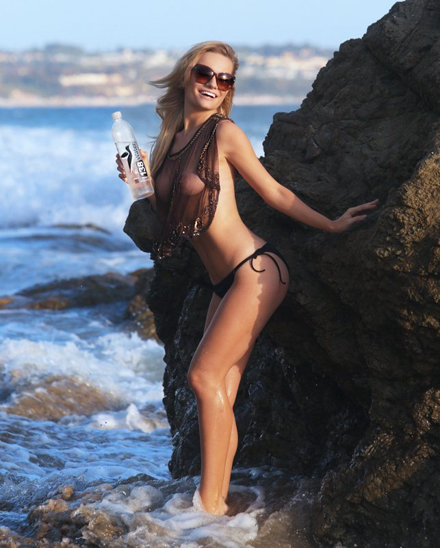 Caitlin O'Connor Does A Sexy Photo Shoot In Malibu