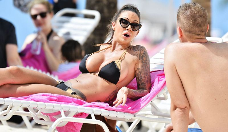 jodie-marsh-in-bikini-at-a-beach-in-barbados-kanoni-3