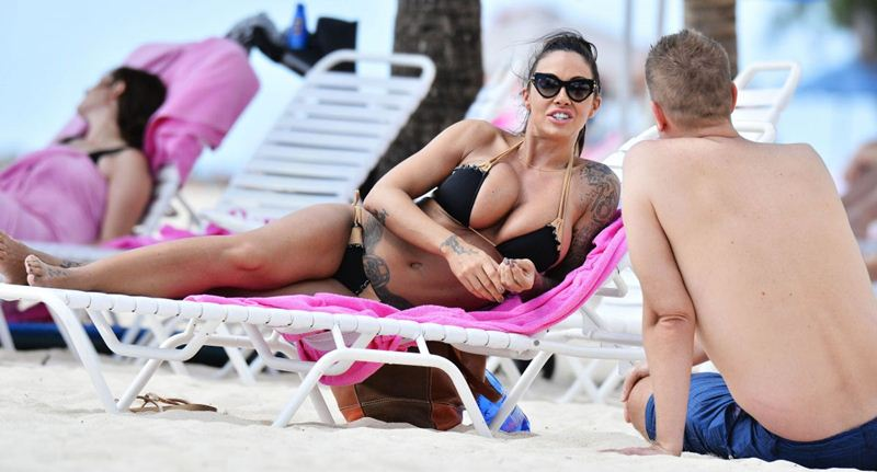 jodie-marsh-in-bikini-at-a-beach-in-barbados-kanoni-6