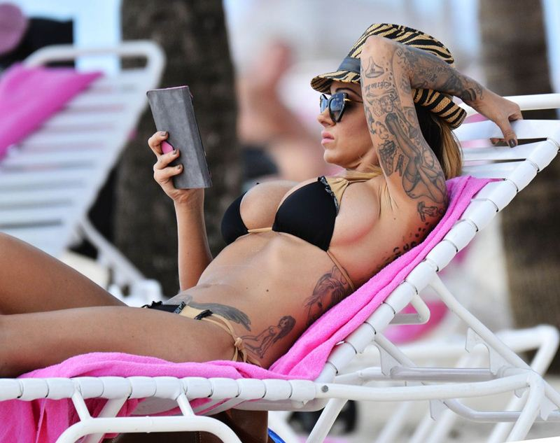 jodie-marsh-in-bikini-at-a-beach-in-barbados-kanoni-9
