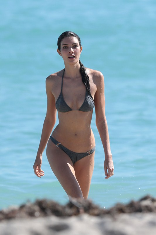 EXCLUSIVE: Model Teresa Moore heats things up in a silver bikini on Miami's South Beach
