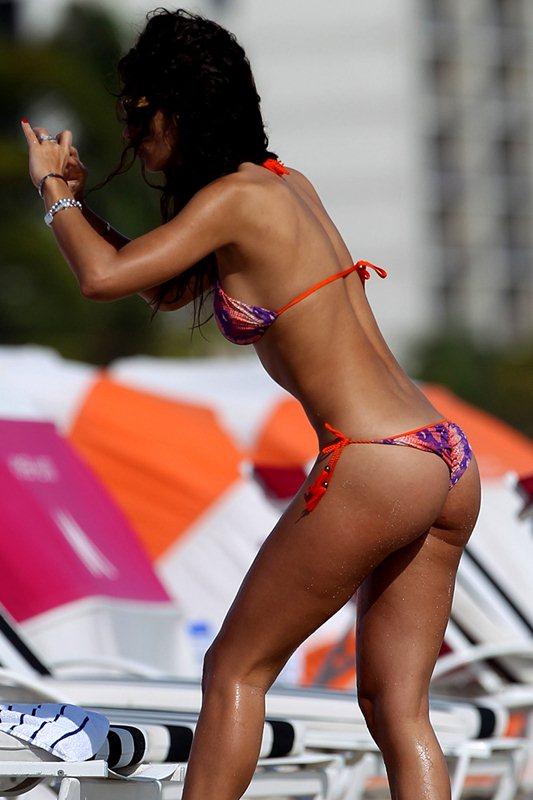 Raffaella Modugno in an orange and purple bikini at the beach in Miami
