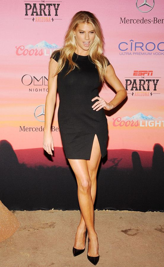 Charlotte-McKinney-looking-hot-at-ESPN-Party-in-Scottsdale-Kanoni-1