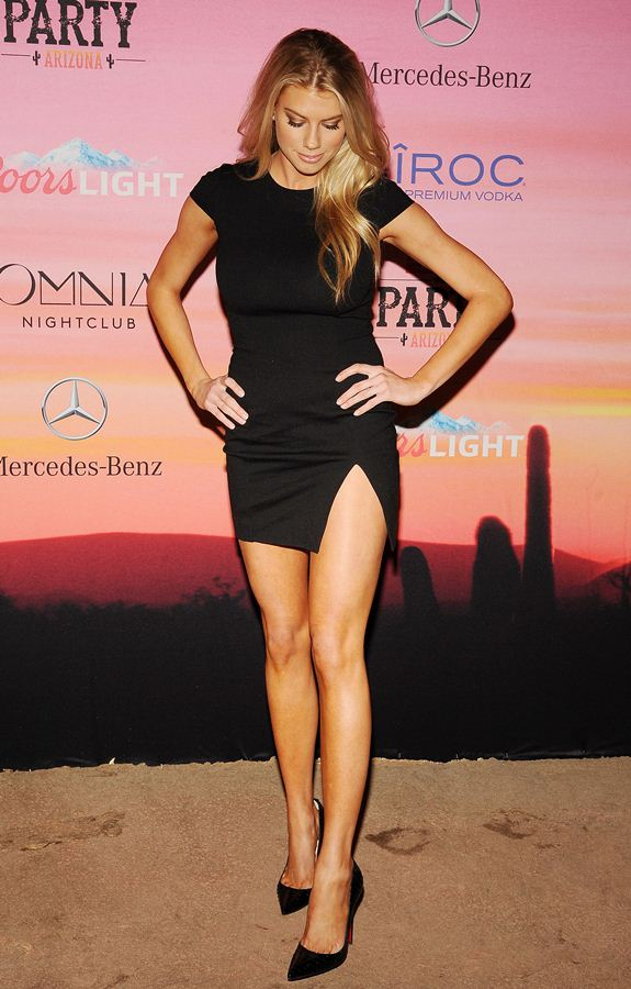 Charlotte-McKinney-looking-hot-at-ESPN-Party-in-Scottsdale-Kanoni-4