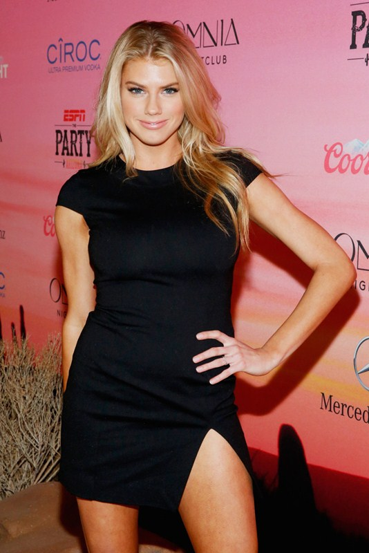 Charlotte-McKinney-looking-hot-at-ESPN-Party-in-Scottsdale-Kanoni-6