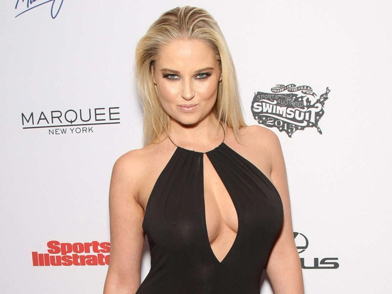Genevieve-Morton-2015-SI-Swimsuit-Issue-Celebration-New-York-Kanoni-2