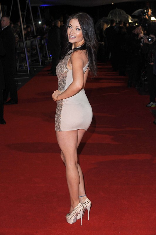 Jess-Impiazzi-The-Gunman-UK-Premiere-Kanoni-6