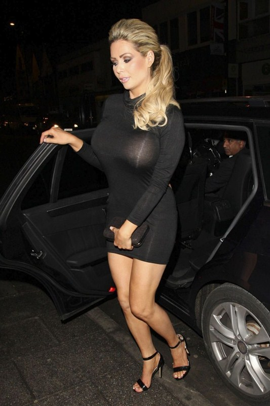 Nicola-McLean-Braless-See-through-Sugar-Hut-Brentwood-Kanoni-3