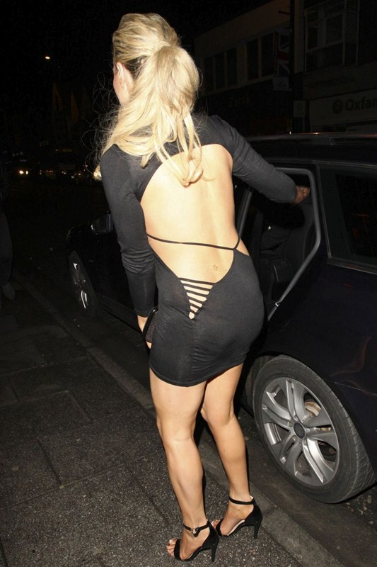 Nicola-McLean-Braless-See-through-Sugar-Hut-Brentwood-Kanoni-4