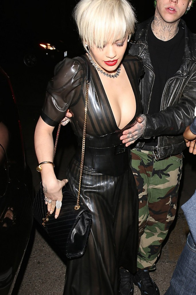 Rita-Ora-Big-Nipple-Braless-See-through-night-hollywood-kanoni-2