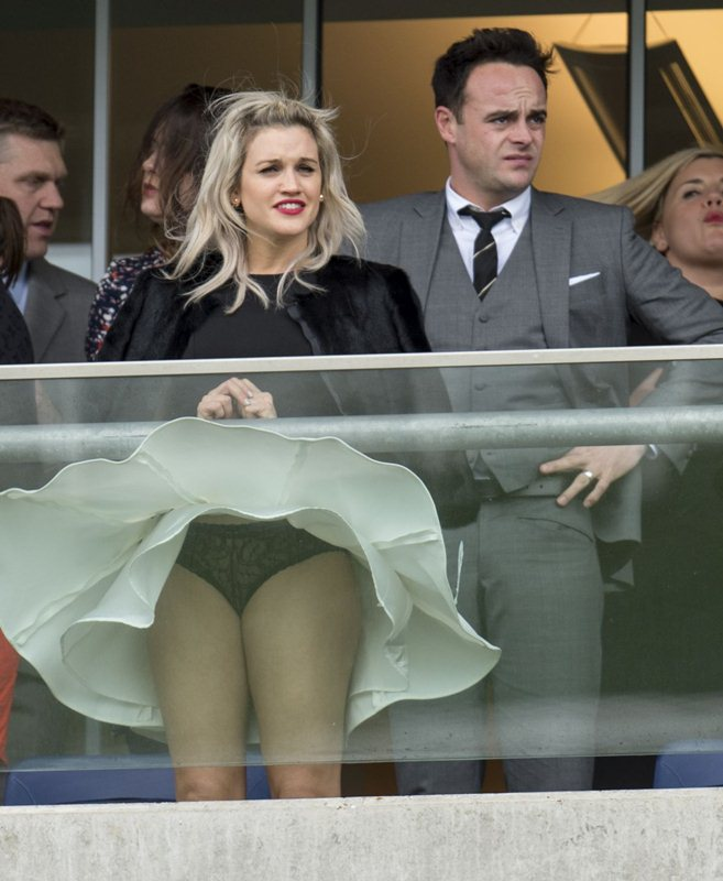 ashley-roberts-at-prince-s-countryside-fund-raceday-at-ascot-racecourse-kanoni-3