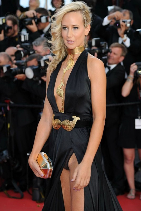 lady-victoria-hervey-at-youth-premiere-at-cannes-film-festival-kanoni-4