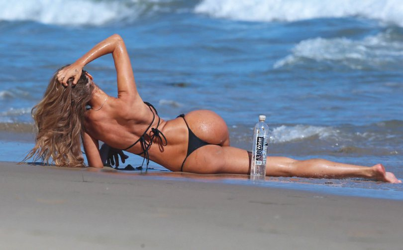 Charlie-Riina-Black-Hot-Bikini-138-Water-Photoshoot-Kanoni-8