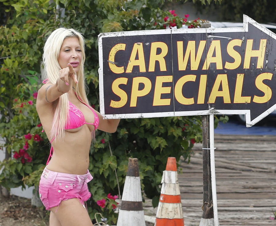 Frenchy-Angelique-Morgan-Puma-Swede-Sexy-Car-Wash-Malibu-Kanoni-1